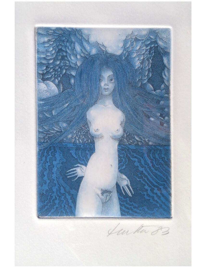 Kunstwerk Radierung. Nacktes weibliches Wesen. Blauton dominiert.